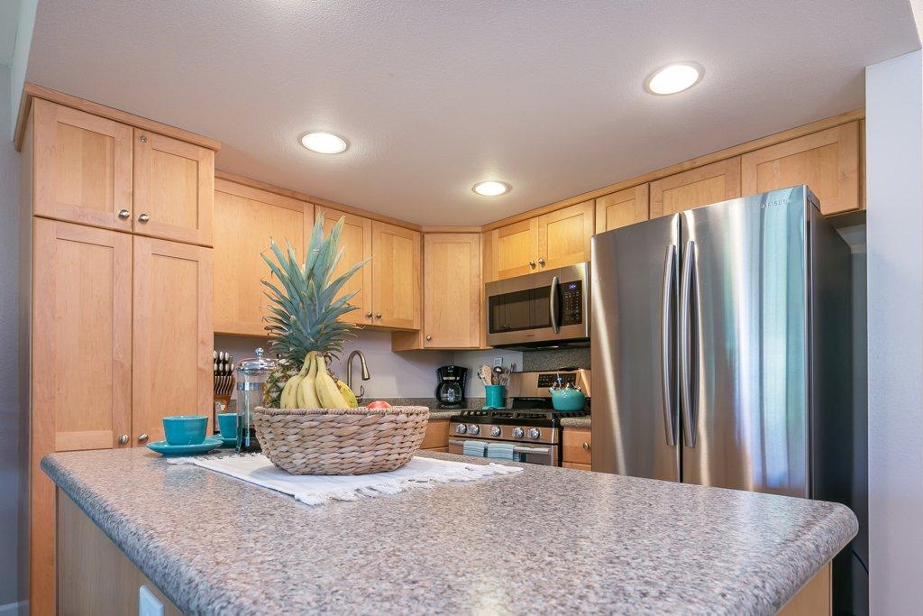 kitchen-tropical-fruit-basket